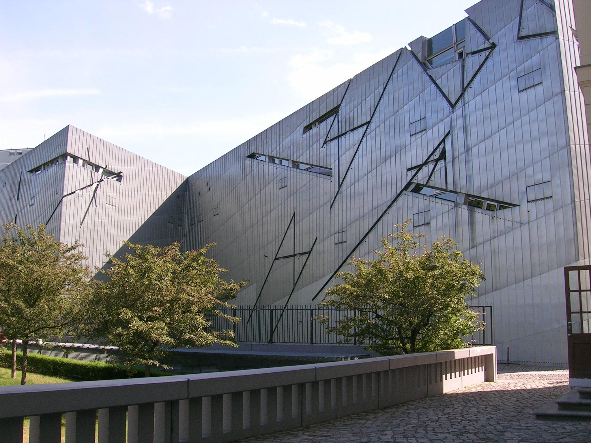 museo ebraico di berlino di daniel libeskind